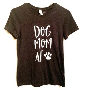 Dog Mom Short Sleeve Tee